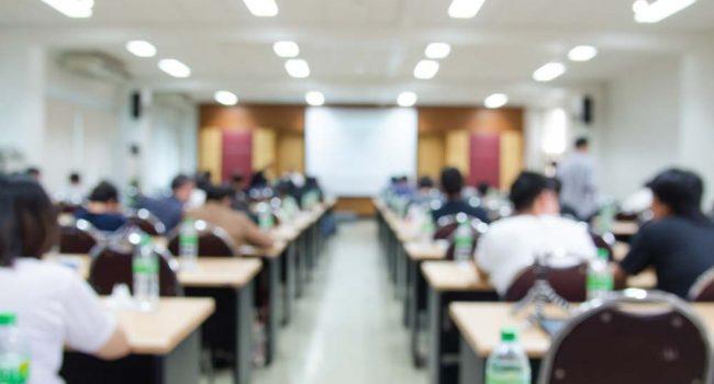 Menopausia y nuevos proyectos: ¿por qué no seguir creciendo en la Universidad? '